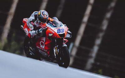 Jorge Martín resiste para lograr su primera victoria en MotoGP