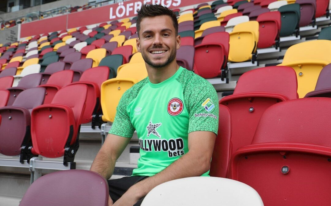 Álvaro Fernández se marcha cedido al Brentford FC