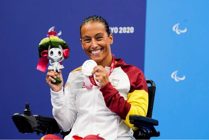 Teresa Perales agranda su leyenda y consigue su 27 medalla paralímpica ¡lesionada!