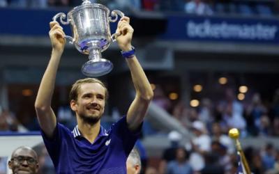 Medvedev le arrebata el US Open a Djockovic y prolonga su tiranía en pista dura