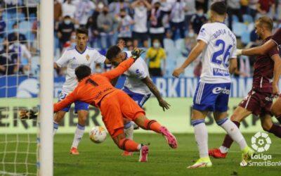 El Real Zaragoza, equipo que más tira a portería de la competición: un dominio sin premio